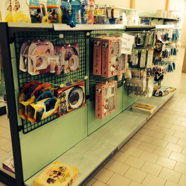 Scaffalatura in legno usata per negozio - Shop metal shelves S.G.A. Srl